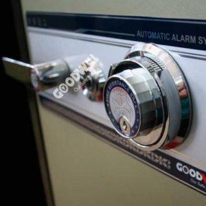 Loại khóa két sắt bảo hành chính hãng