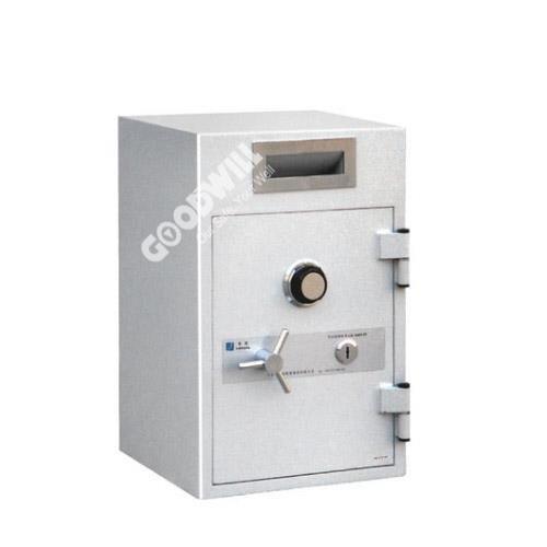 két sắt goodwill ds-700