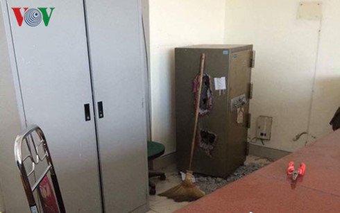 Trộm két sắt ở bưu điện tỉnh quảng ninh