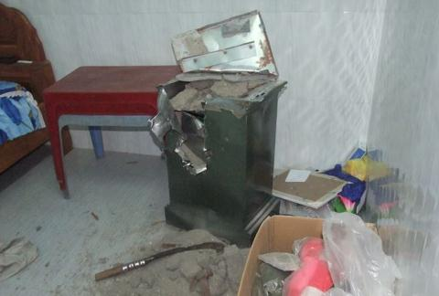 Nhà công an xã bị trộm két sắt