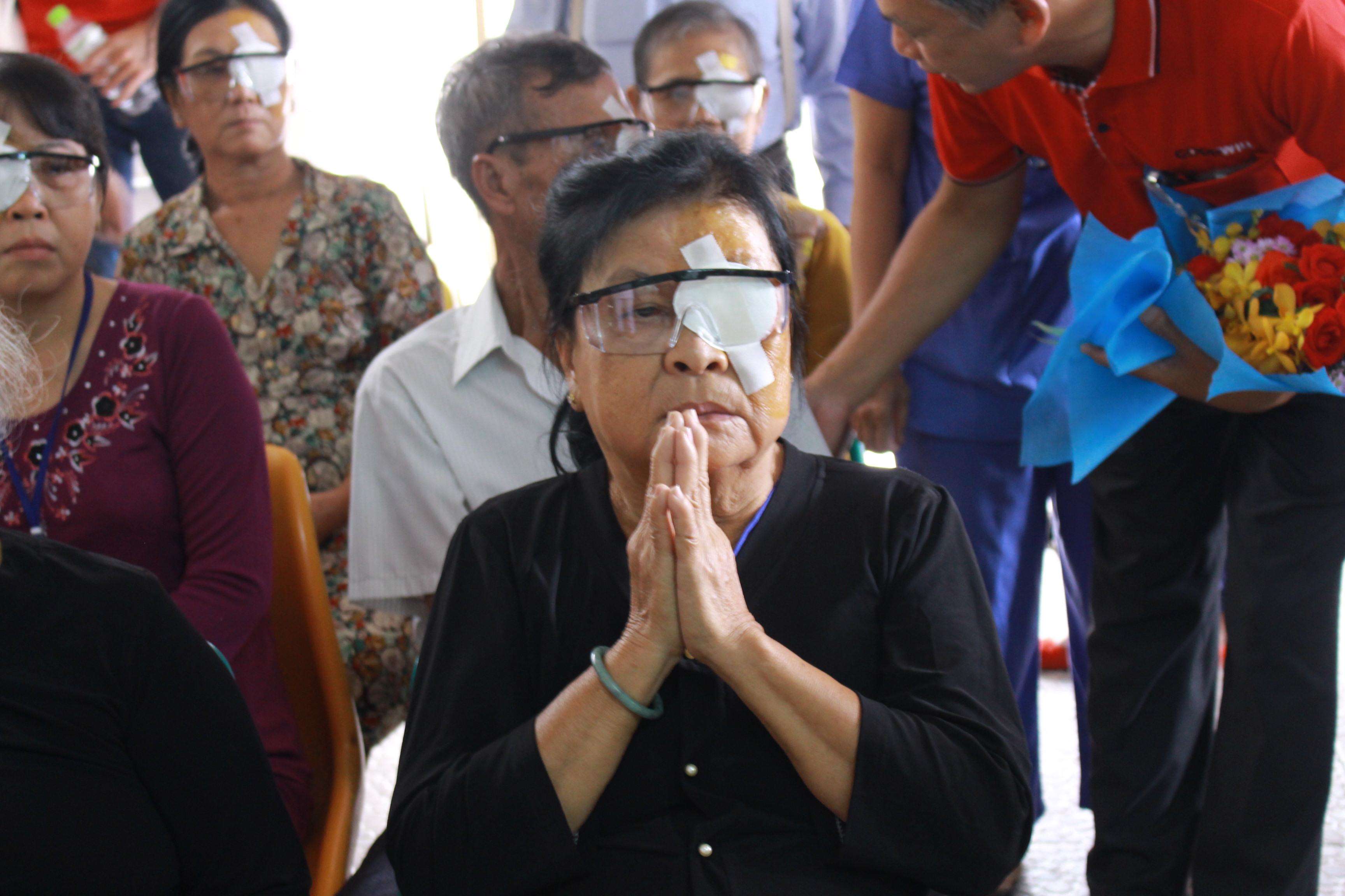chương trình hỗ trợ mổ mắt cho bệnh nhân nghèo