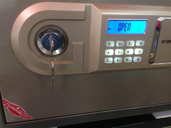 Két sắt điện tử chất lượng chính hãng an toàn và bảo mật cao